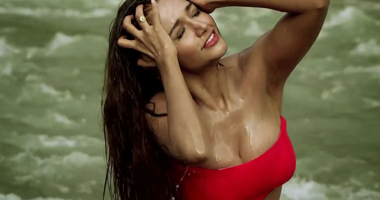 Actress Oil Massage Hottest Naked Images