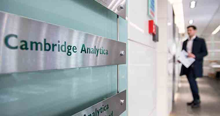 UK watchdog sorts evidence from Cambridge Analytica raid