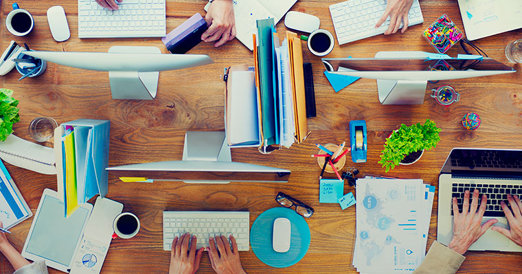 Here's what your workplace desk says about you
