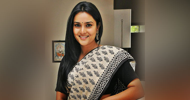 Actress Ramya to contest from Mandya?