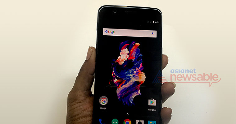 Watch: Unboxing and hands-on with OnePlus 5