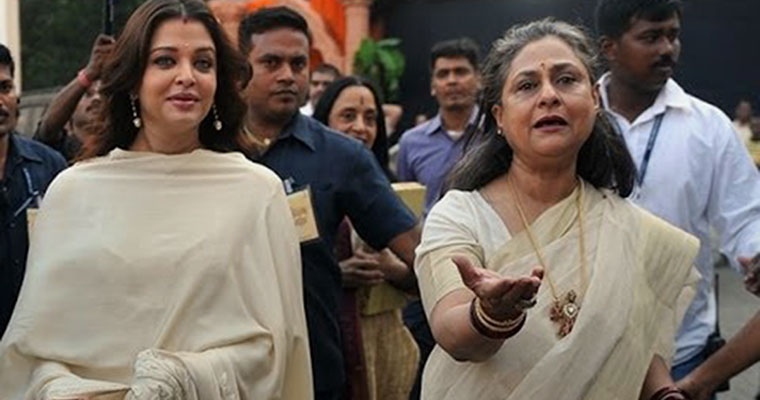 Image result for jaya bachchan lashing out on reporters aishwarya