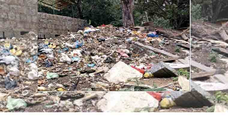 Historical Gavi Gangadhareshwara temple premises turns garbage yard