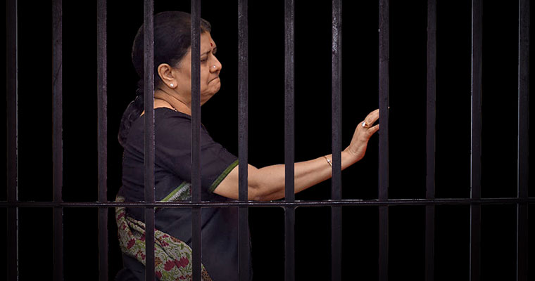 Sasikala to head back to Bengaluru jail as her 5-day parole ends