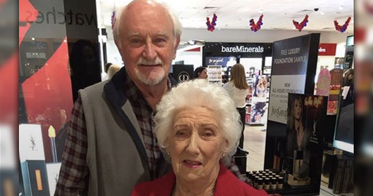 #PinkHero: Elderly man learns to apply make up for his wife before she goes blind